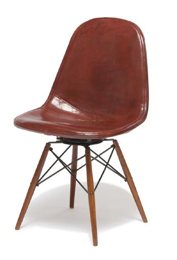 Wire mesh chair by Charles Eames by Ray Eames | Blouin Art